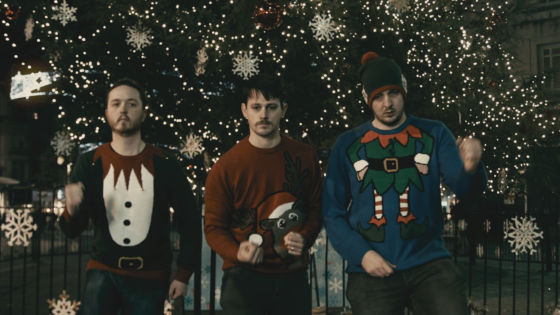 The Comfortable Jumpers – Wonderful Christmastime